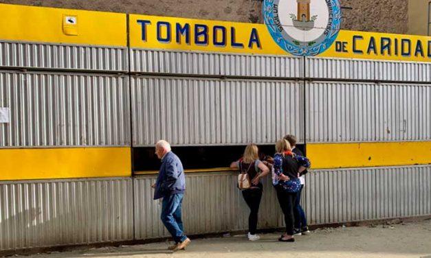 Algunos jamones de la Tómbola continuan sin salir