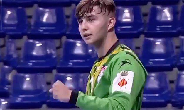 El alturano Guille Marqués destaca como portero en la liga Asobal