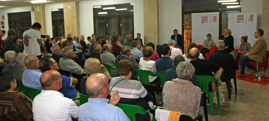 El PSPV trata en Castellnovo el despoblamiento