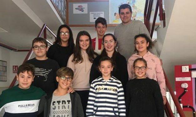 El IES Cueva Santa felicita a los alumnos «premio extraordinario» de primaria