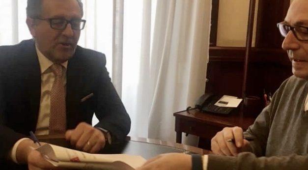 Martí ratifica el compromiso de inversión en la Cueva Santa