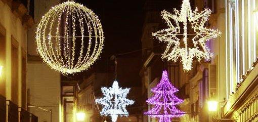Altura invierte 2.425 euros en comprar luces para la decoración navideña de las calles