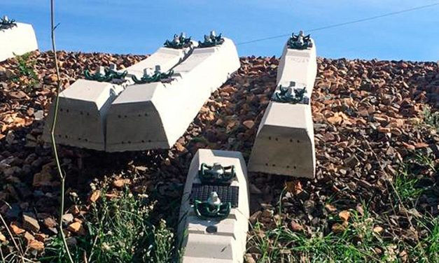 Roban los tornillos de las traviesas de las obras de mejora de la linea ferroviaria