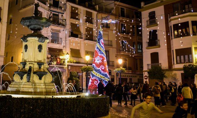 El Árbol de Navidad de Segorbe te puede llevar de viaje por Europa