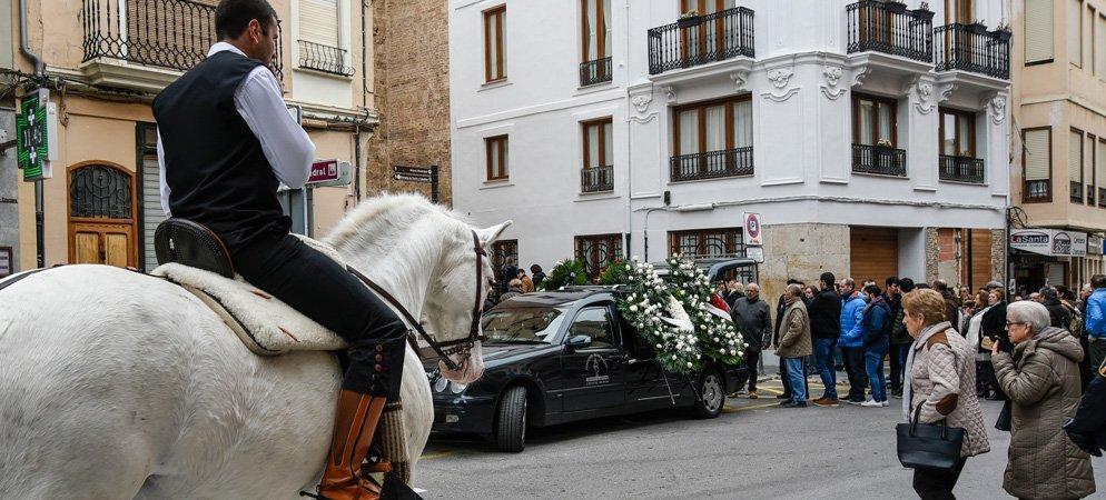 El funeral de Manolita Belis congrega a una multitud en la Catedral