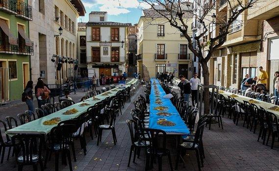 320 jóvenes se dan cita en el II Concurso de Paellas de Segorbe