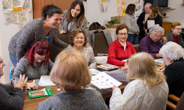 Puerta visita los centros sociales de tres pueblos de la comarca
