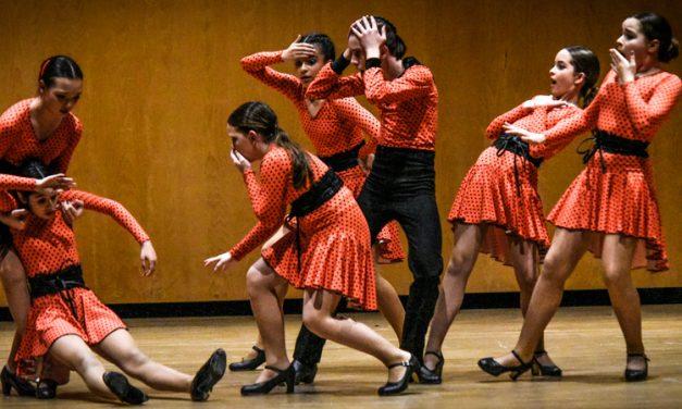 La Escuela de Danza Inma Muñoz preestrena las coreografías de ANAPRODE