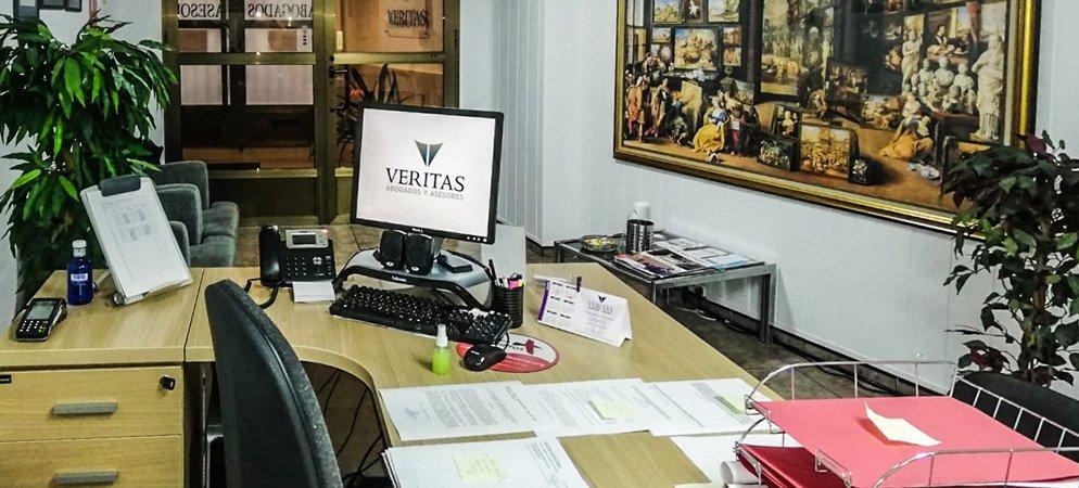 Asesoría Veritas mantiene la atención a sus clientes por teléfono