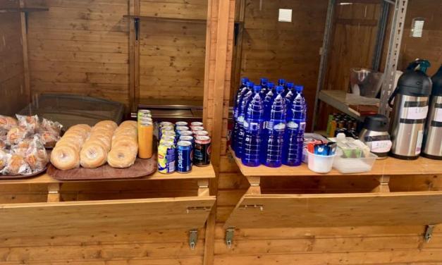 Asador Los Llanos de Barracas da comida y bebida gratis a los camioneros