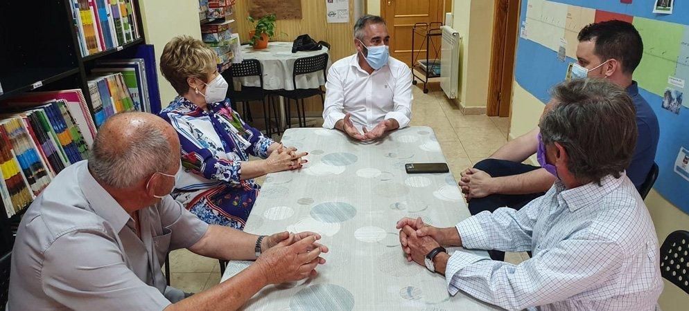 Barrachina dona a Fray Luis Amigo la indennización por injurias impuesta a Gabarda
