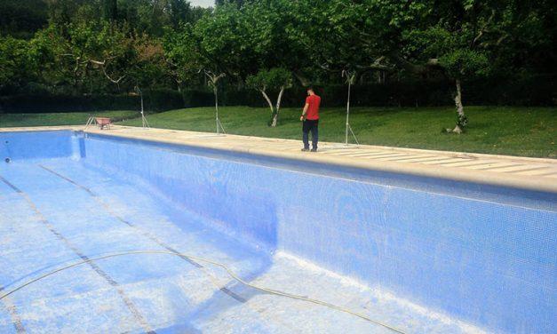 Jérica arregla sus piscinas y Altura estudia cómo debe abrirlas