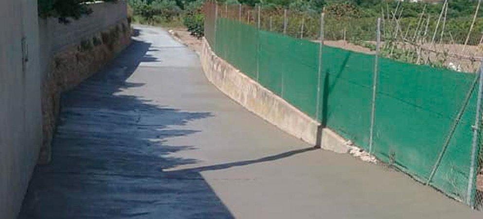 Diputación arregla dos tramos en sendos caminos en Altura