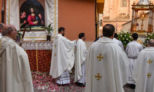 El obispo hará misa pero no habrá procesión del Corpus por las calles