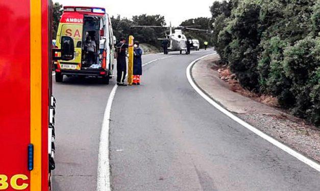 Un anciano muerto y dos heridos en un accidente de tráfico