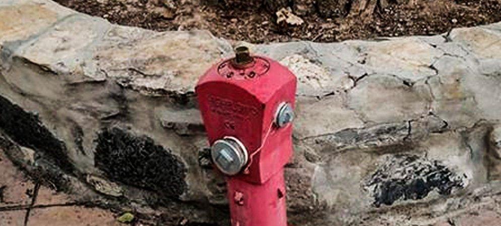 EUPV critica la supresión de una boca de incendios en Novaliches