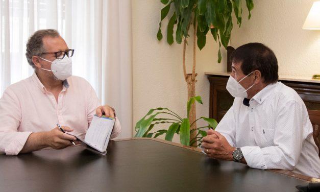 El alcalde de Caudiel expone a Diputación la necesidad de tener una residencia