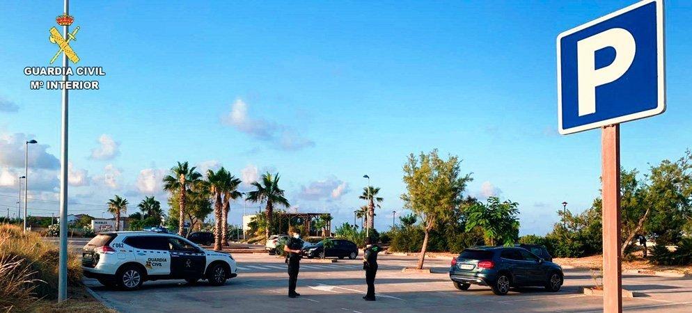 Detenido el ladrón del interior de coches aparcados en la playa de Canet y Almenara