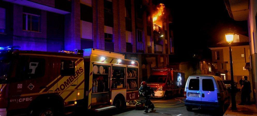1 mujer muerta y 40 desalojados en el incendio de un piso en Segorbe