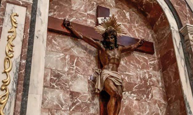 El Cristo de Torás regresa a la población tras su restauración