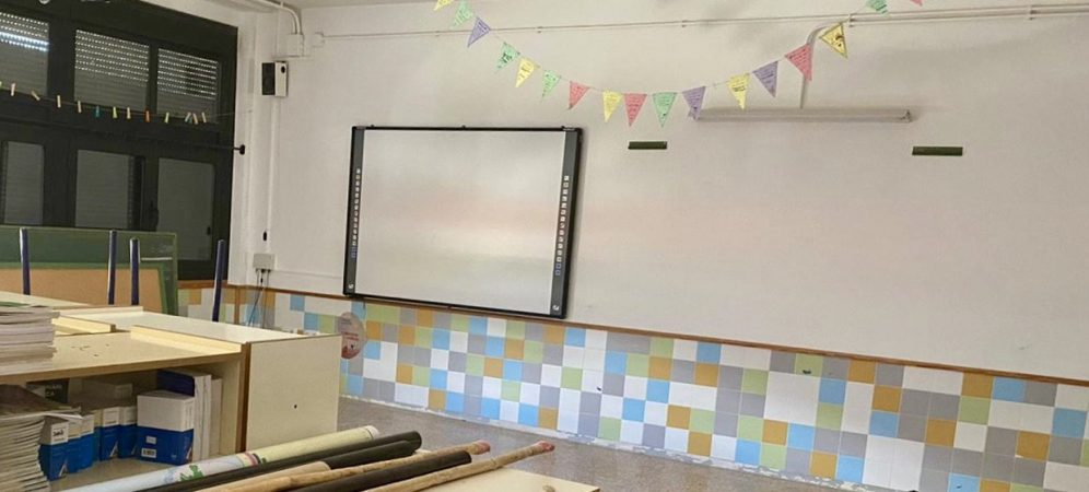 Segorbe realiza labores de mantenimiento en el colegio Pintor Camarón