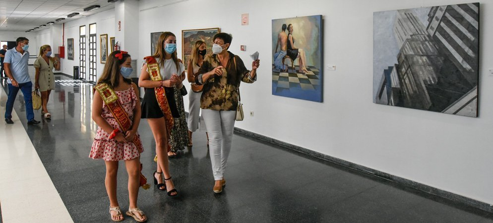 La peña Mucho Arte donará a ASAC el dinero de la venta de fotos de su exposición