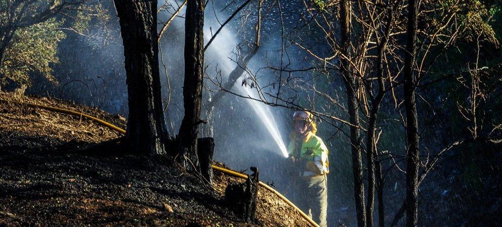 Un rayo provoca un incendio en Caudiel