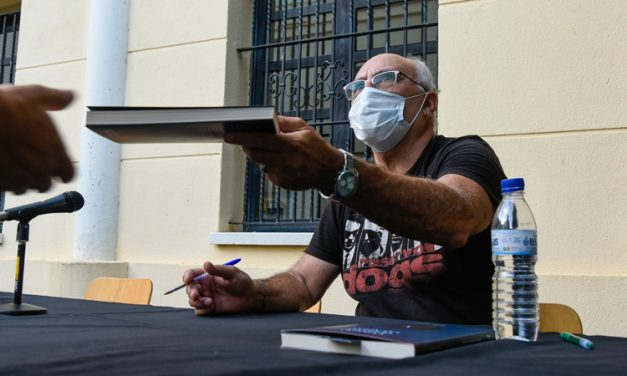 Gómez Simón presentó ayer en Segorbe su última novela policiaca