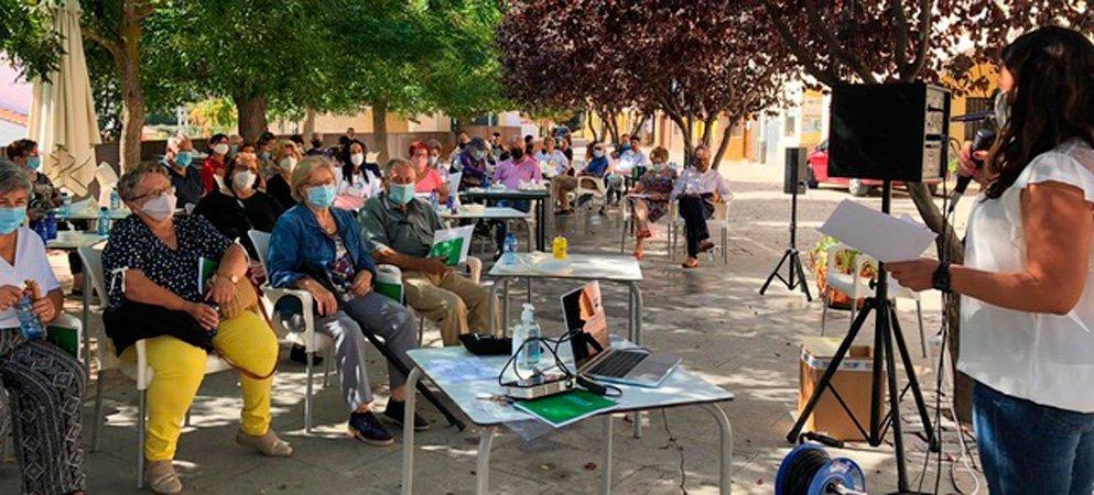 El 83% de los vecinos de Villanueva de Viver acudió a la apertura del nuevo Centro