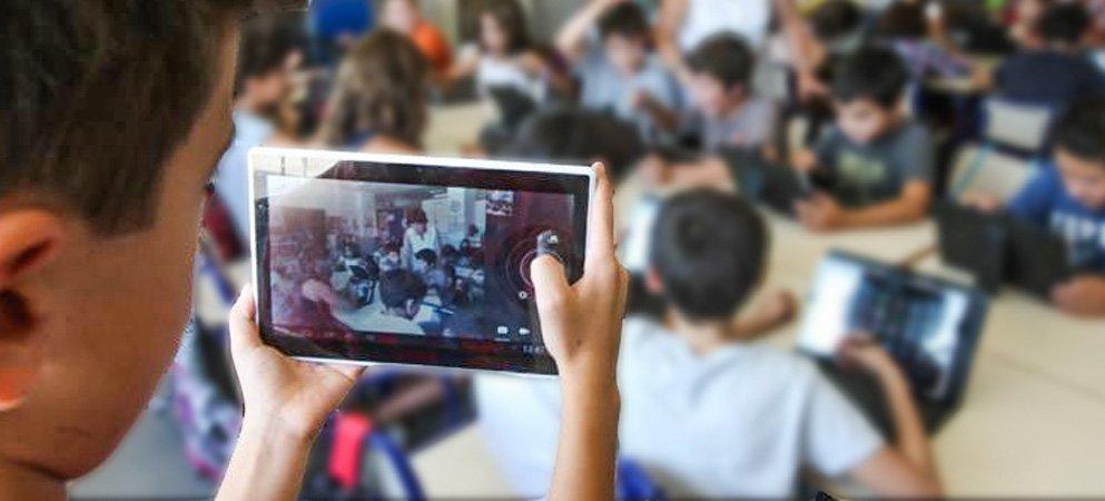 Altura dona tablets para los escolares