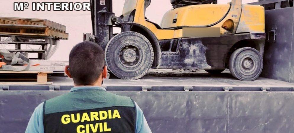 La Guardia Civil localiza en Ibiza una maquina elevadora robada en Segorbe