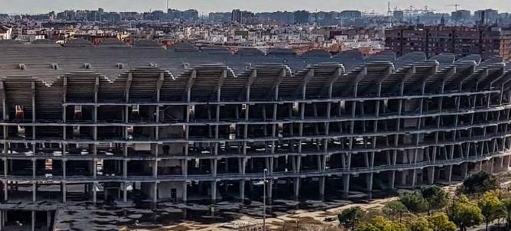 ¿Cómo afecta el retraso del nuevo estadio del Valencia CF al resto de la Comunidad Valenciana?