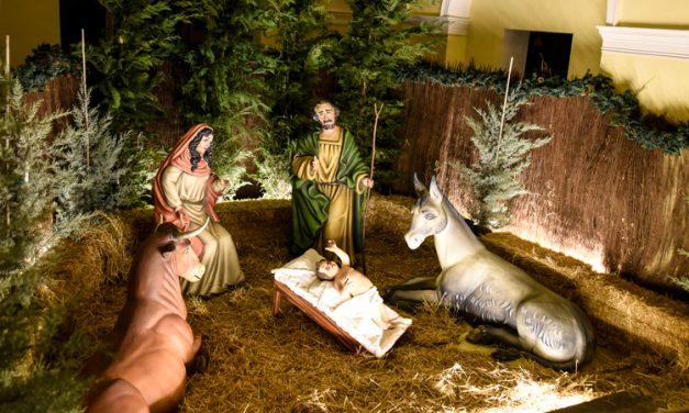 La capilla del Ángel Custodio acoge un Nacimiento tamaño natural