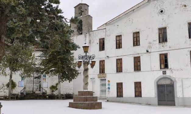 La nieve alcanza la comarca del Alto Palancia de norte a sur