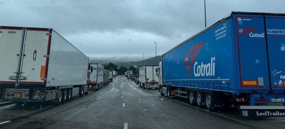 Decenas de camiones son desviados a los polígonos de Segorbe y Altura