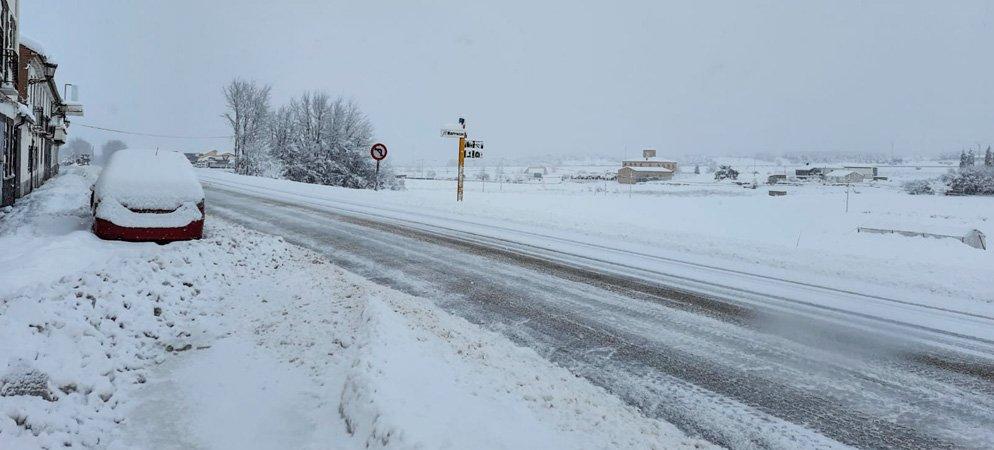 A partir del lunes el hielo sustituirá a la nieve en la comarca