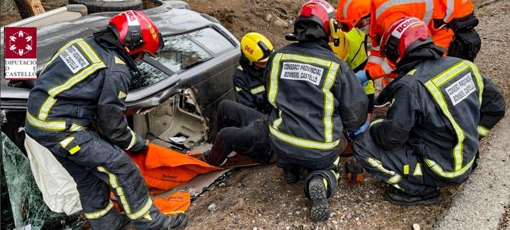 Un hombre tiene que ser excarcelado tras sufrir un accidente en Sot de Ferrer