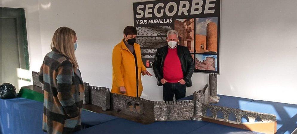 El segorbino Torres Cuevasanta  dona una maqueta de soldadura