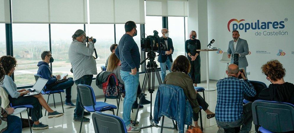 Barrachina se despide de la prensa y habla del próximo Congreso del PP