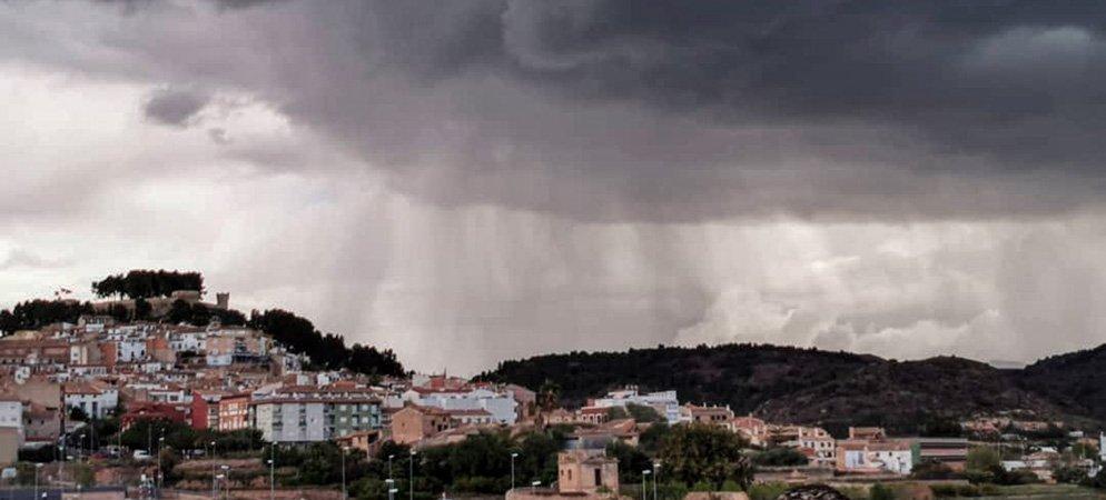 Semana de muchas nubes y poca lluvia