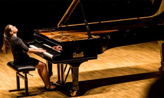 Una joven pianista alturana gana un premio internacional de música