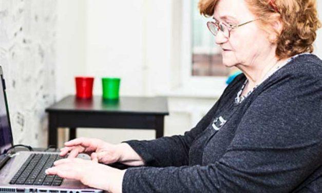 Diputación concede becas de estudio para mayores de 55